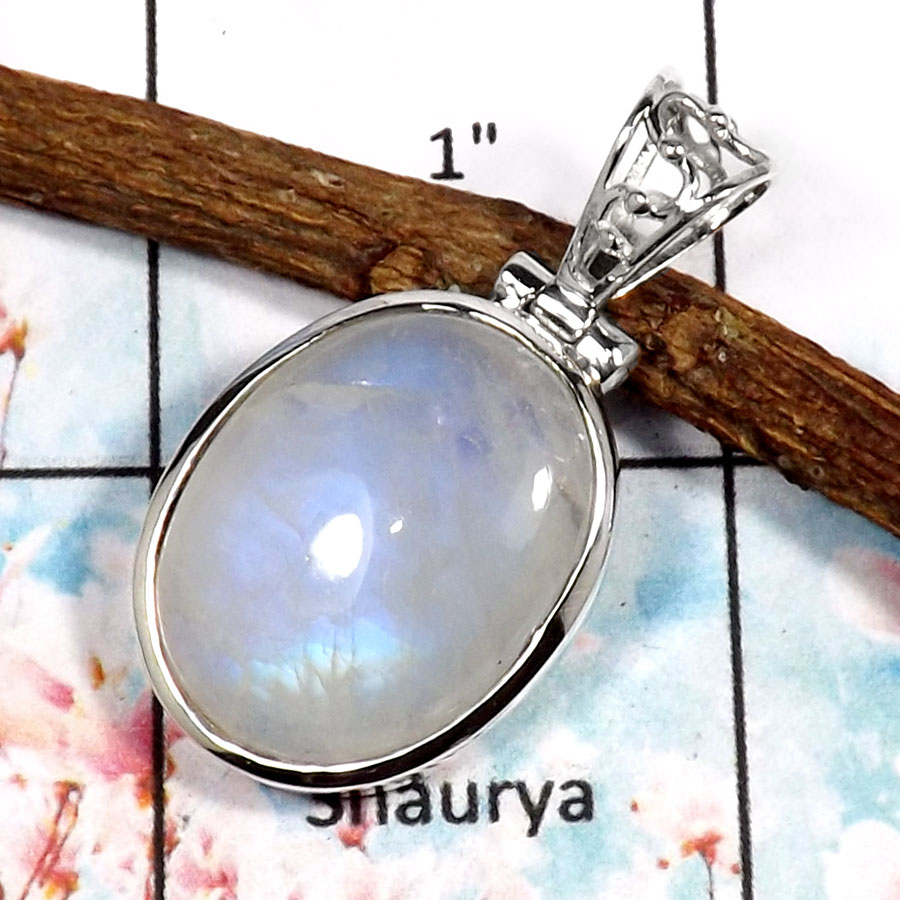 Rainbow Moonstone-R ISP518-Blue Fire Rainbow Moonstone Wholesale Plain Silver Pendant 925 Sterling Silver
