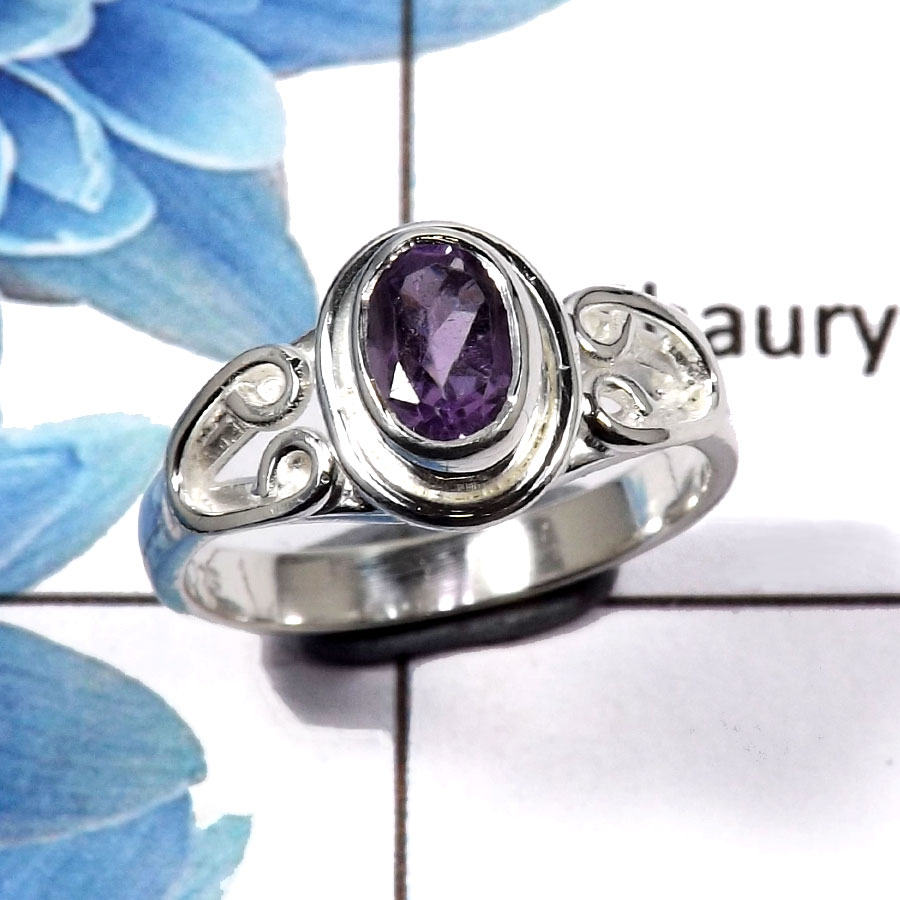Amethyst Cut O - RBS845 - Awesome Solid 92.5% Sterling Silver Natural Amethyst Cut Gemstone Light Weight Ring