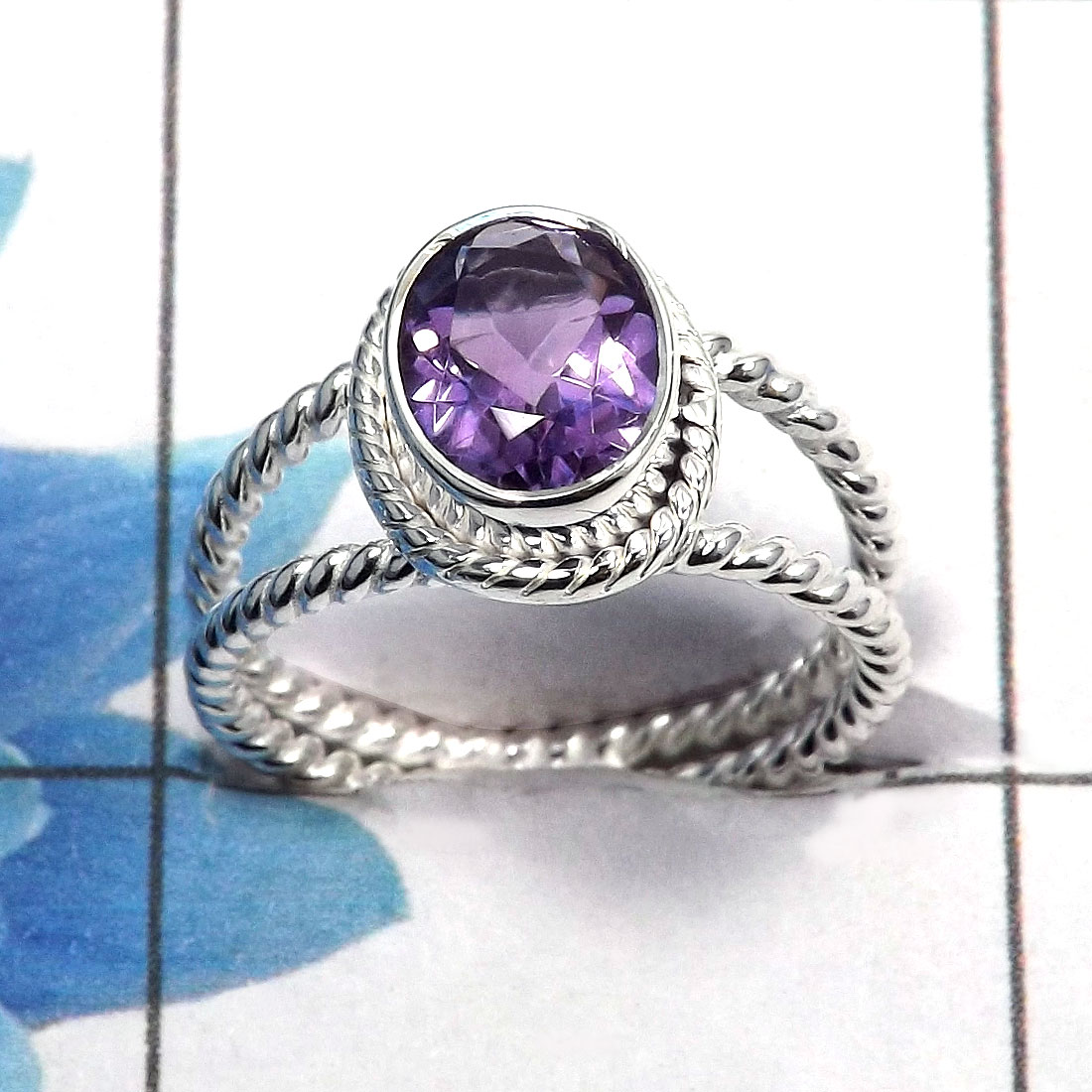 Amethyst Cut D - SDR459 - Natural Purple Amethyst Oval Cut Gemstone 925 Sterling Silver Designer Ring