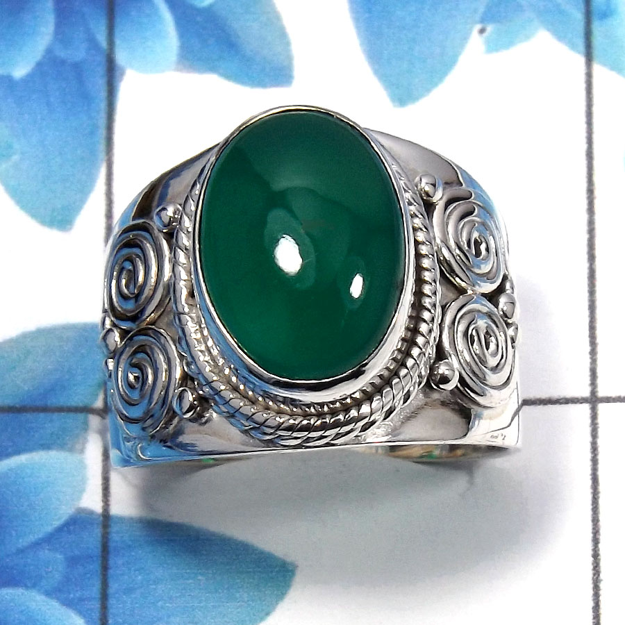 Green Onyx Cab E - SDR484 - Exclusive Natural Green Onyx Oval Shape Gemstone 925 Sterling Silver Designer Ring