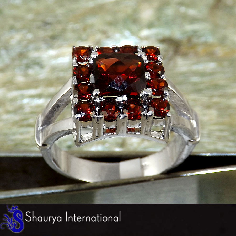 Garnet Cut E - SFJ875 - Indian Company Made Solid 925 Sterling Silver Natural Garnet Cut Gemstone Ring