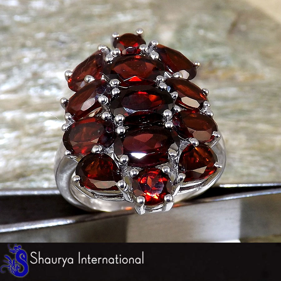 Garnet Cut O - SFJ875 - Stunning 925 Sterling Silver Natural Red Garnet Cut Gemstone Designer Ring