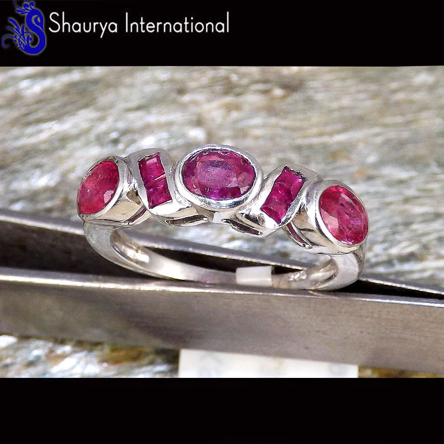 Ruby Cut P - SFJ880 - Solid 92.5% Sterling Silver Stunning Natural Red Ruby Cut Gemstone Ring