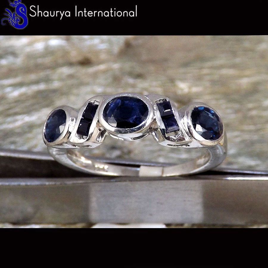 Natural Sapphire & Black Diamond Cut U - SFJ880 - Natural Sapphire & Black Diamond Cut Gemstone 925 Silver Ring