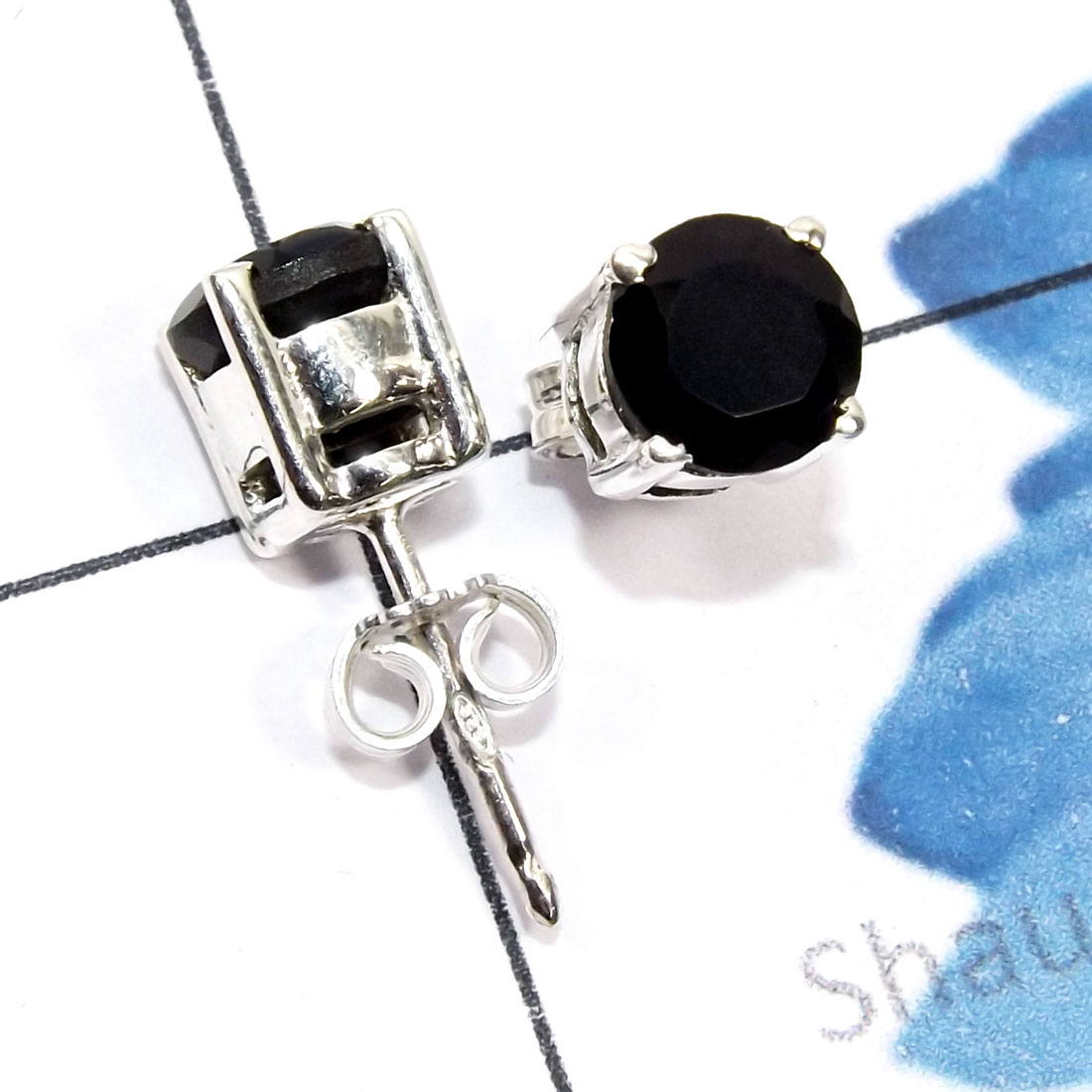 Black Onyx Cut A - SSE969-6mm Round Faceted Semiprecious Gemstone 925 Sterling Silv