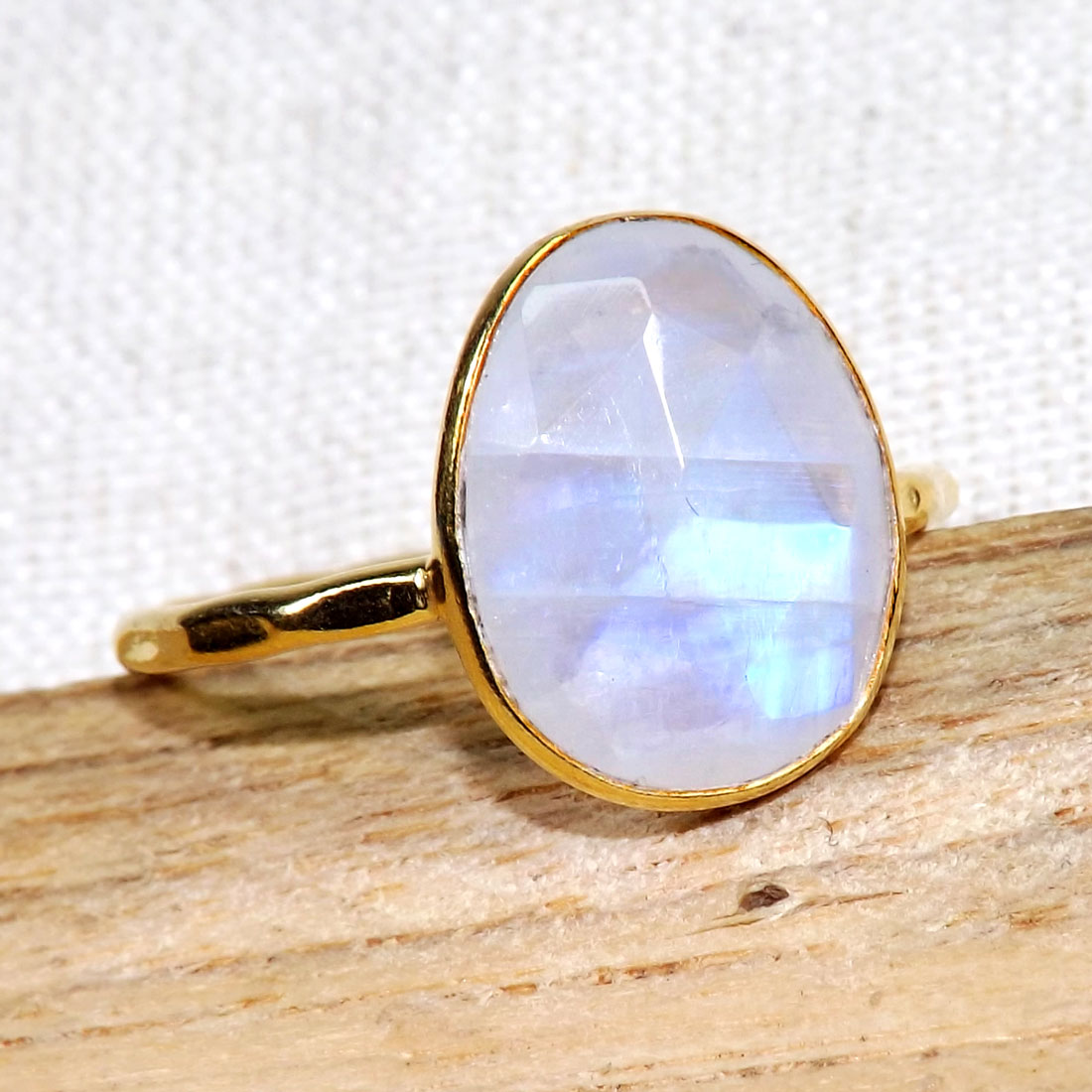 Rainbow moonstone O - BGR968-Light Weight Rings of 18crt Gold Plated 925 Sterling Silv