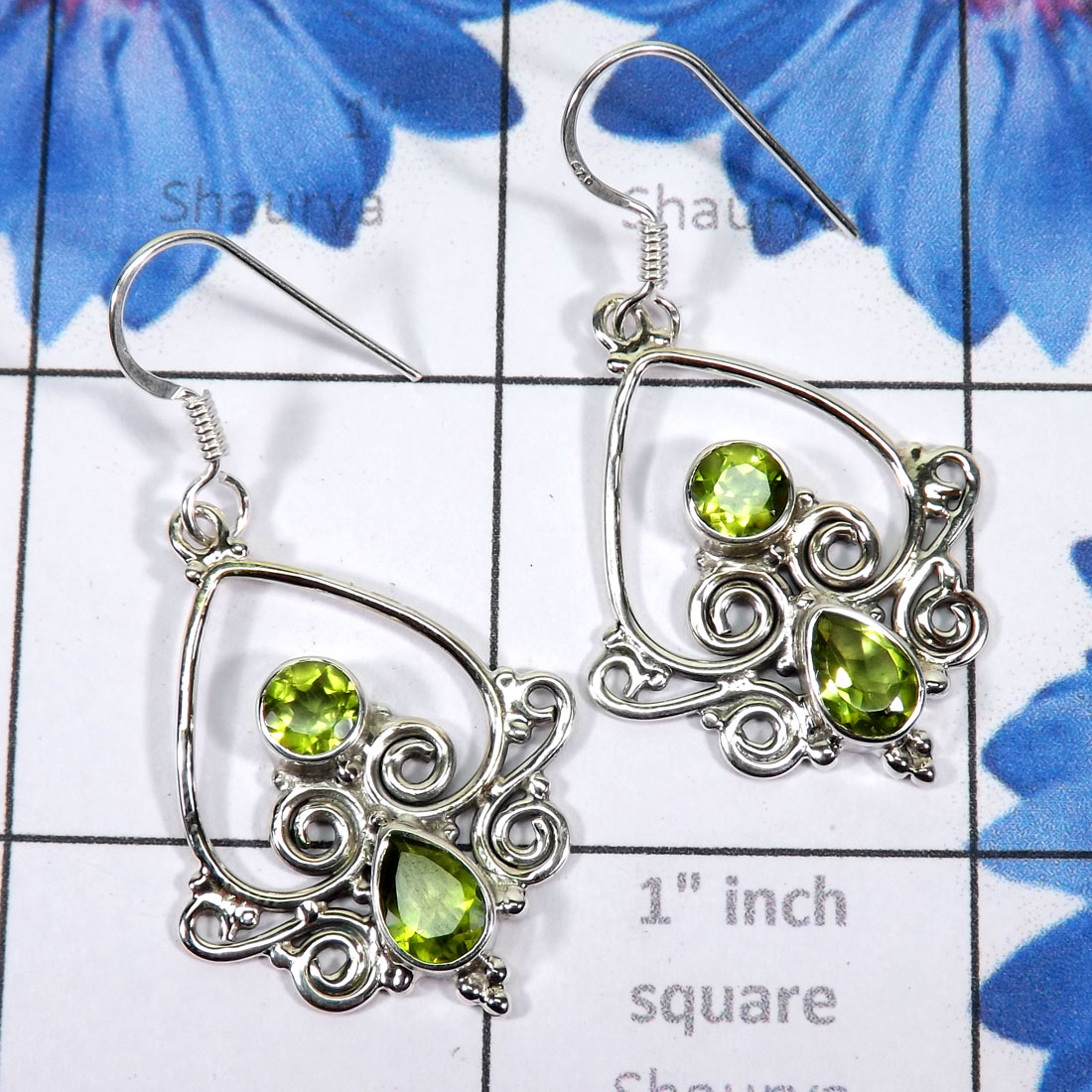 Peridot cut D - FLE990-925 Exclusive Sterling Silver Filigree Earrings of Beauti