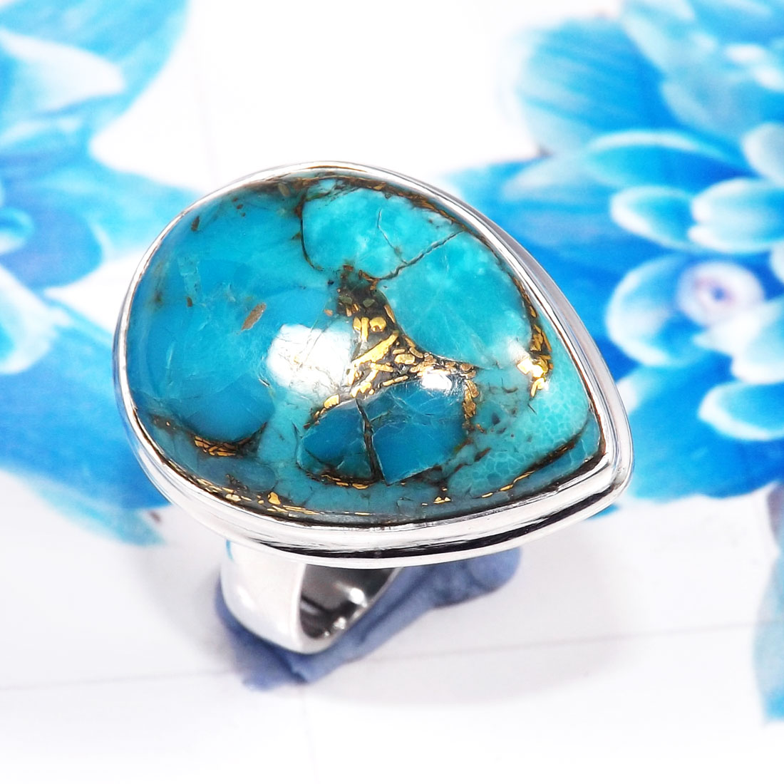 in metallic gold jewelry rings lyst kors turquoise stone michael product stacked