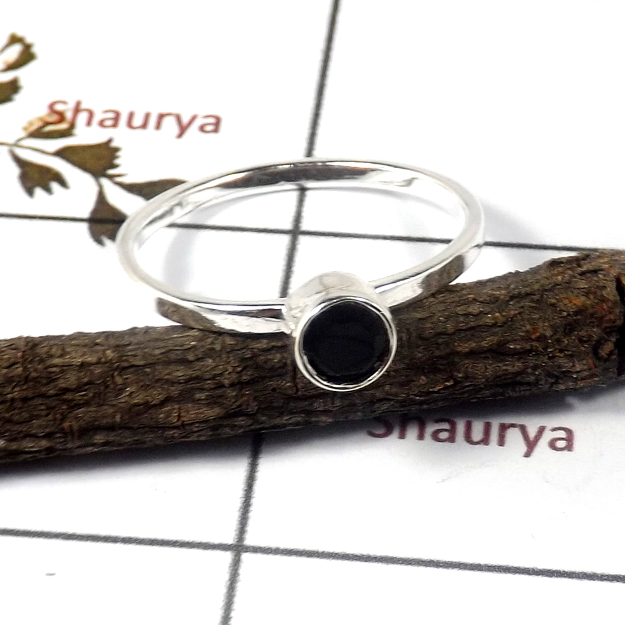 Black Onyx Cut E - STK939-Solid 925 Sterling Silver Cut Gemstone Light Weight Stacking Ring