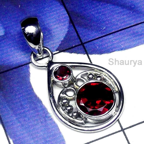 Garnet D - SD934-Exclusive Silver Gemstone Gorgeous Pendant